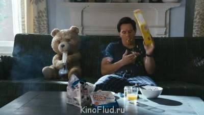 Третий лишний Медведь Тэд , 2012 - ted.jpg